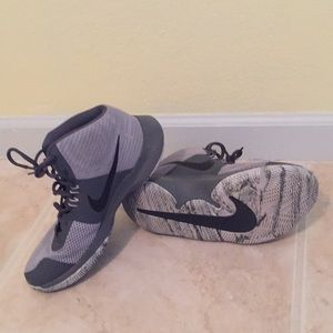 Nike Air Precission Mens Basketball Shoes